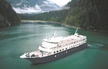 Discoverers glacier country for Luxury small cruise lines